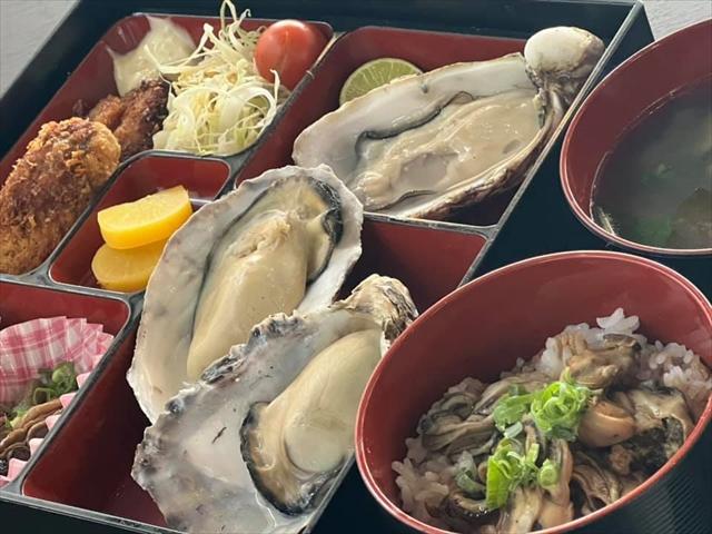坂越ロール(カキお好み焼き)