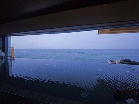 海遊大浴苑